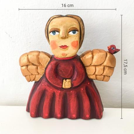 Anděl s červenými šaty